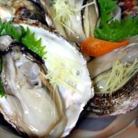 美しい「笹川流れ」は海の幸の宝庫!天然岩牡蠣