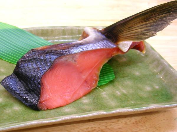 塩引き鮭の一ビレ