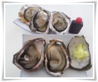 天然岩牡蠣 酢醤油と生姜